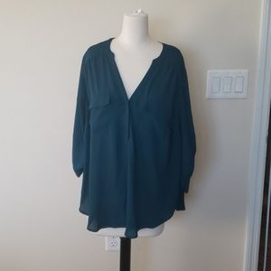 Torrid blue 3/4  blue sleeve v neck blouse Sz 1